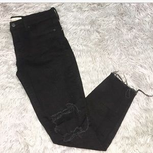 GAP Distressed True Skinny Jeans